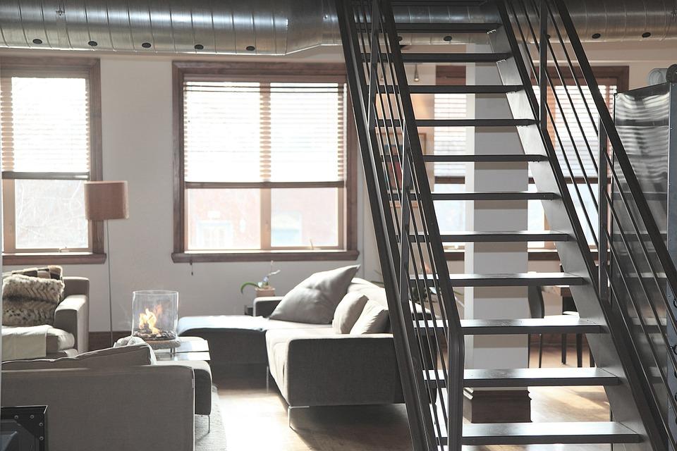 byt se schodištěm