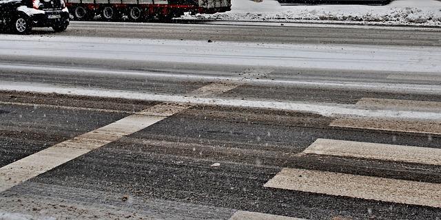 sníh na silnici